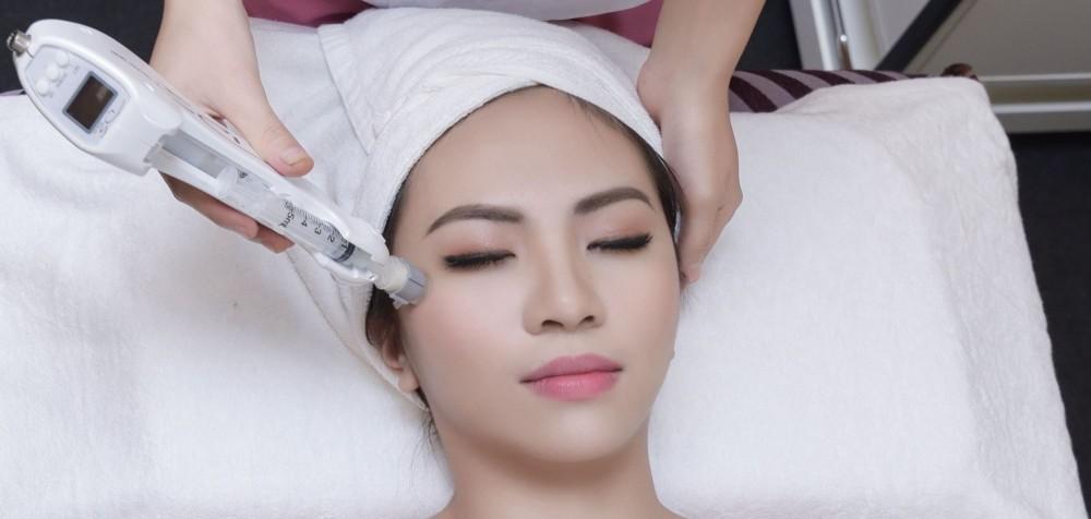 Cấy tinh chất meso căng bóng da